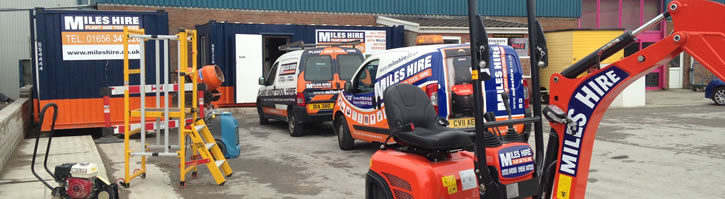Braceys Builders Merchants
